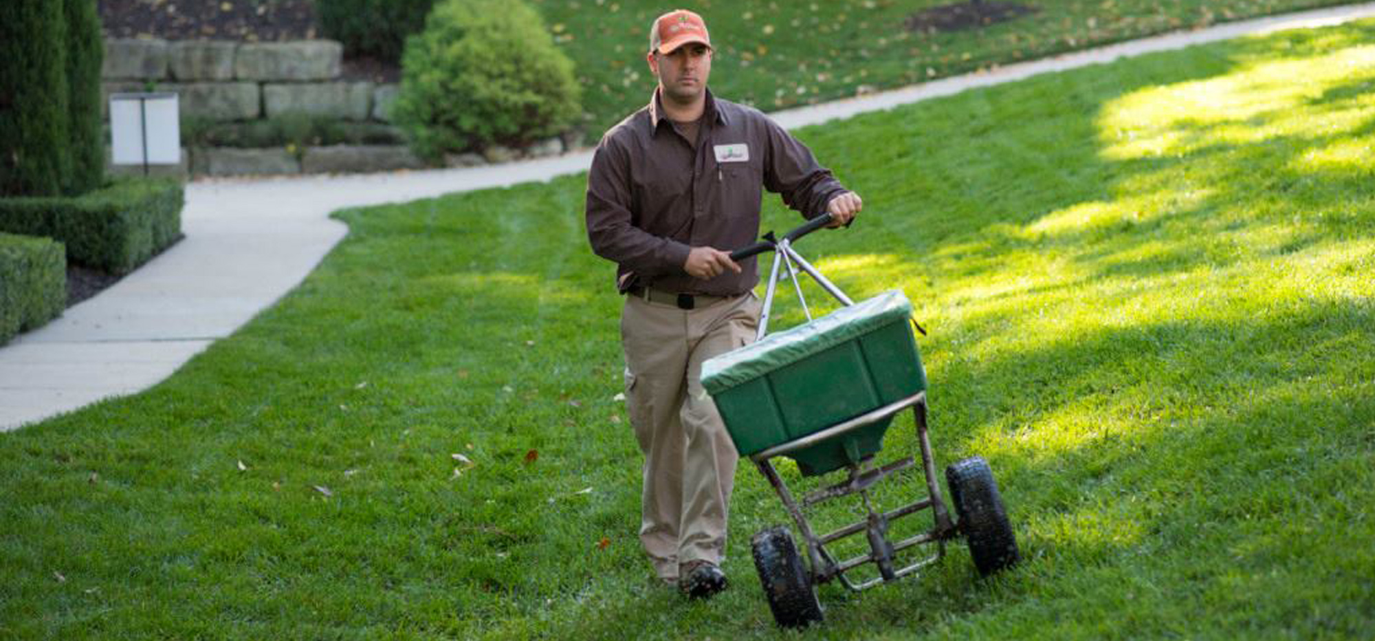 Fall Lawn Care For The Kansas City Area By The Blade