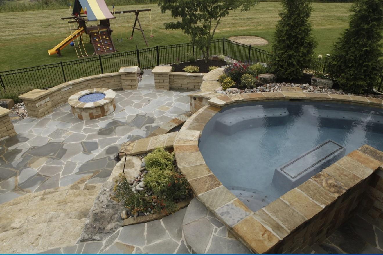 best pool design companies in Shawnee